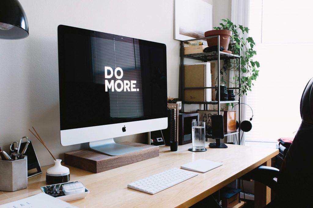 online vállalkozástámogató asztala