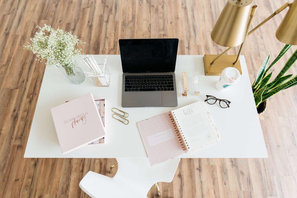 online asszisztens iroda